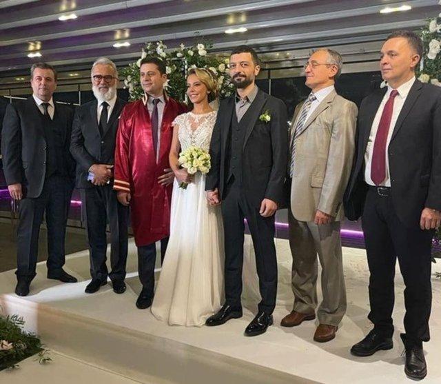 Vildan Atasever soyadına 'Erdem'i ekledi! Mehmet Erdem ile evlenmişti - Magazin haberleri