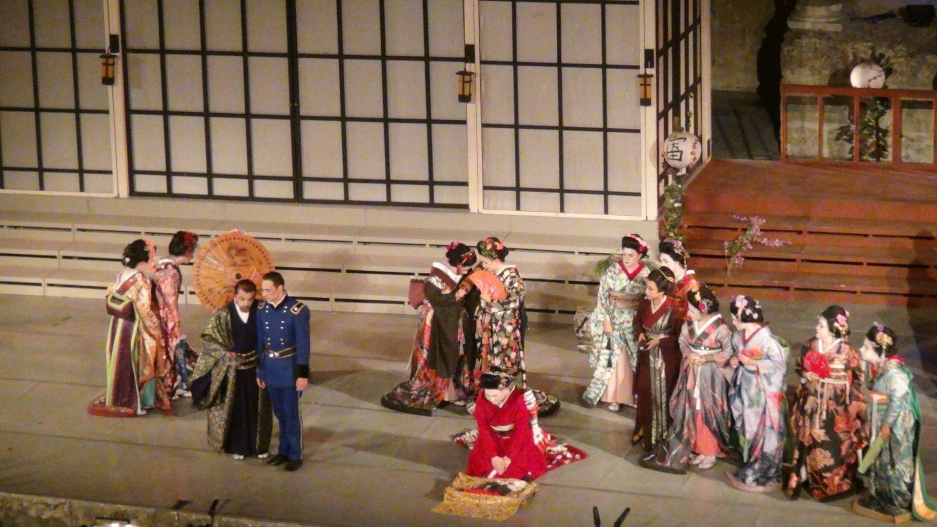 Uluslararası Aspendos Opera ve Bale Festivali devam ediyor