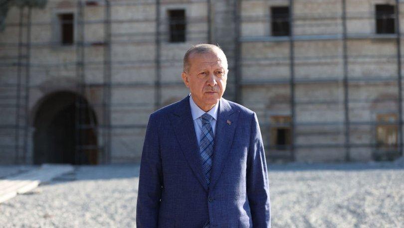 Cumhurbaşkanı Erdoğan Rami Kışlası'nı ziyaret etti
