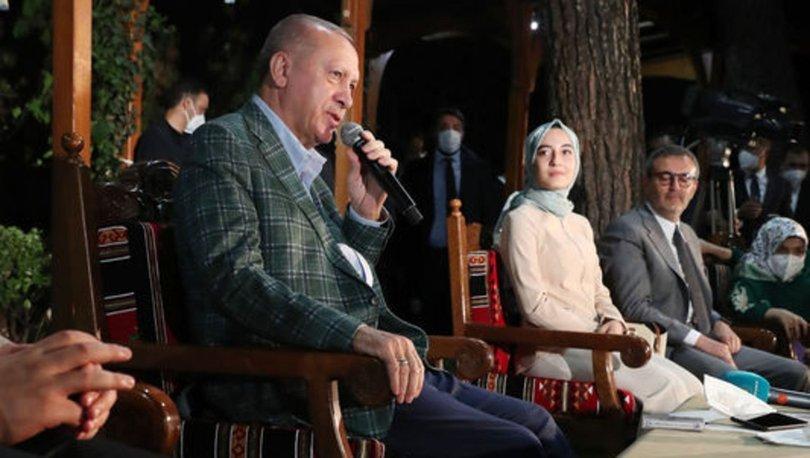 Gençlerle buluşan Cumhurbaşkanı Erdoğan'a duygusal anlar yaşatan şiir
