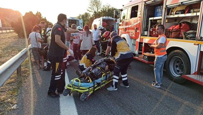SON DAKİKA:  TEM otoyolunda feci kaza: 4 yaralı! - Haberler