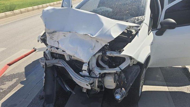 Sivil polis aracı kaza yaptı: 2'si polis 5 yaralı