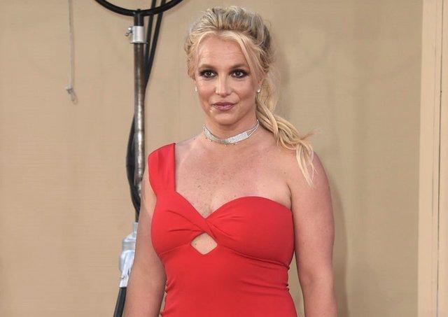 Britney Spears ile Sam Ashgari nişanlandı - Magazin haberleri