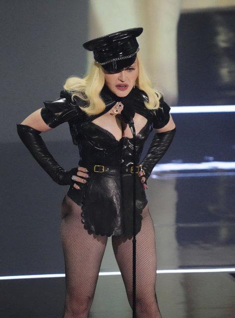 MTV Video Müzik Ödülleri dağıtıldı, kırmızı halıda yarış vardı - Magazin haberleri