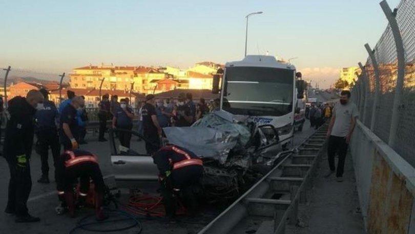 Ankara'da iki aracın çarpıştığı feci kazada 5 kişi öldü