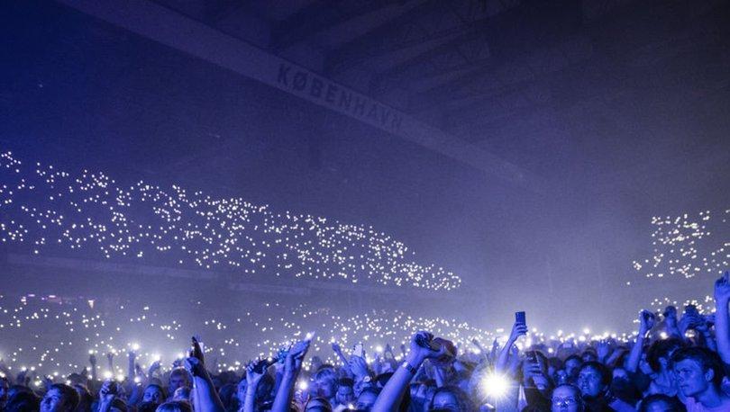 YASAKLAR KALKTI! Son dakika: Danimarka'da 50 bin kişilik konser verildi