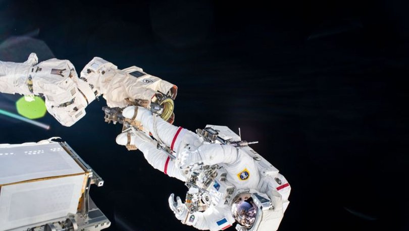 SON DAKİKA: Astronotlar Uluslararası Uzay İstasyonu'nda uzay yürüyüşü gerçekleştirdi: 7 saat sürdü!