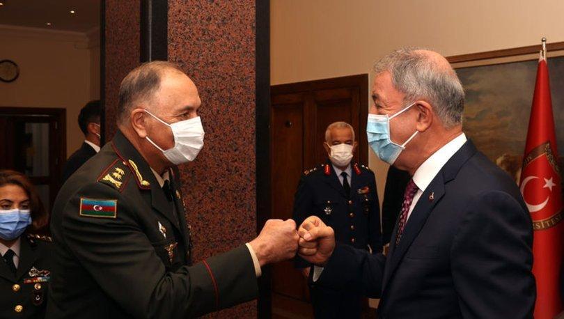 Bakanı Akar, Azerbaycan Genelkurmay Başkanı Veliyev'i ile görüştü