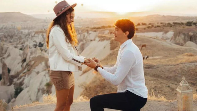 Ebru Şahin ile Cedi Osman evleniyor! Yüzüğün fiyatı dudak uçuklattı - Magazin haberleri