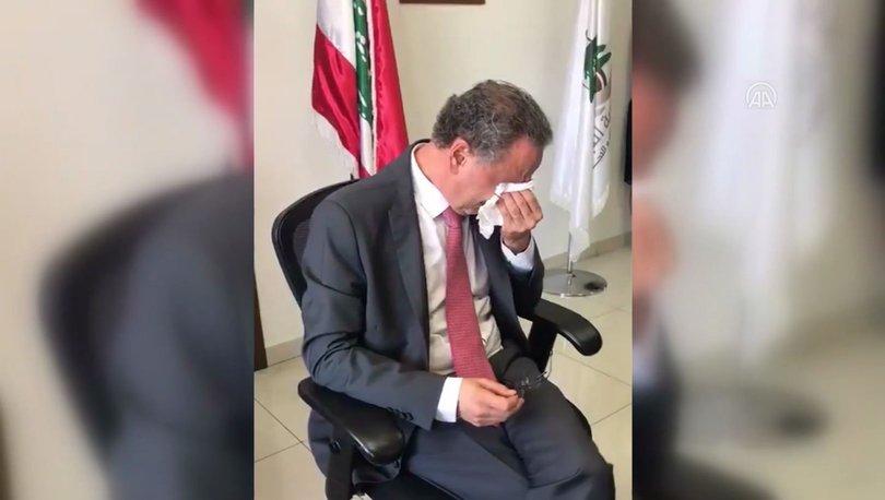 Lübnanlı Bakan Nehme, görevini gözyaşlarıyla devretti