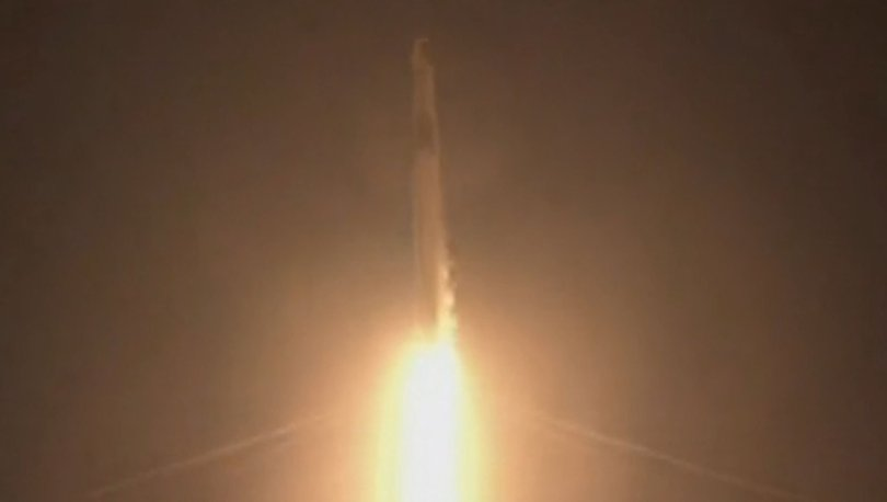 Son dakika! İlk uzay turistleri yola çıktı: Spacex'in astronotsuz uzay yolculuğu başladı