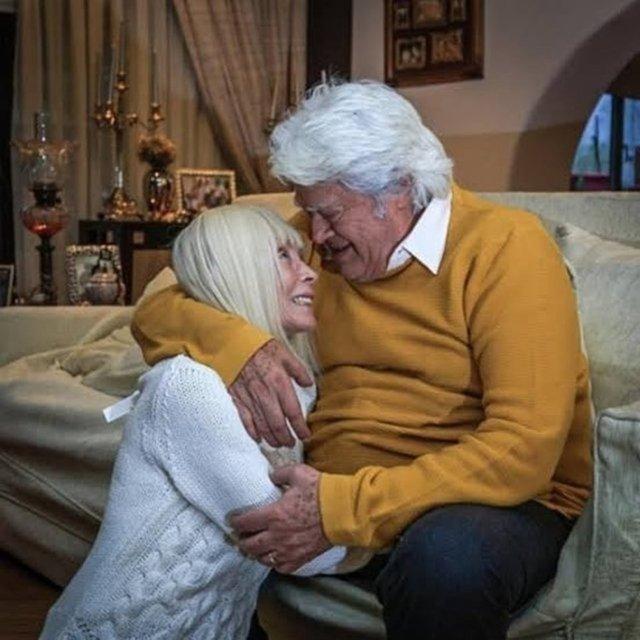 Cüneyt Arkın'dan eşi Betül Cüreklibatır'a duygusal mesaj: Ruhuna dokunan insanı bul- Magazin haberleri