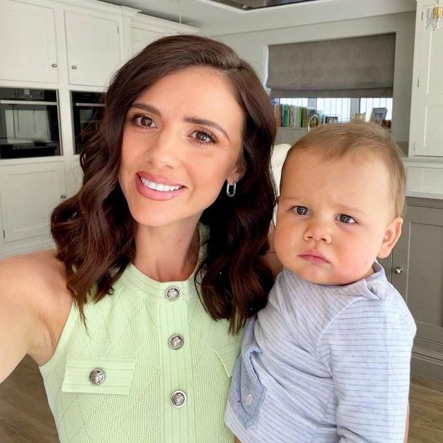Lucy Mecklenburgh: Bebeğim karyolasında mosmor olmuştu! - Magazin haberleri