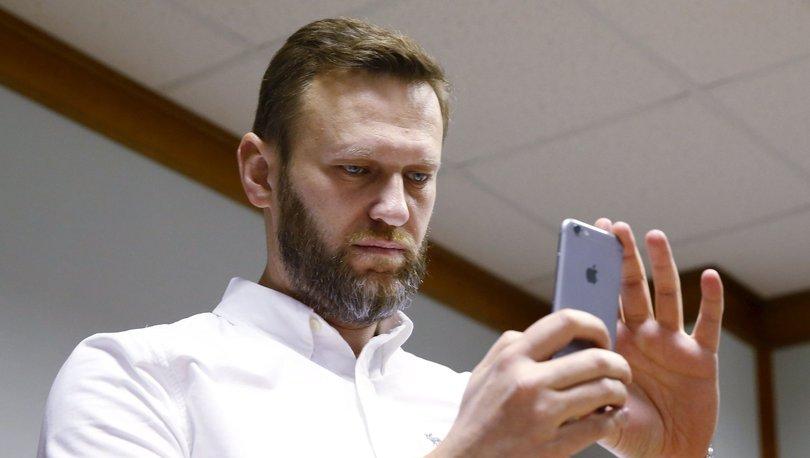 Google ve Apple, Rusya seçimleri başlarken Navalny uygulamasını mağazalardan kaldırdı