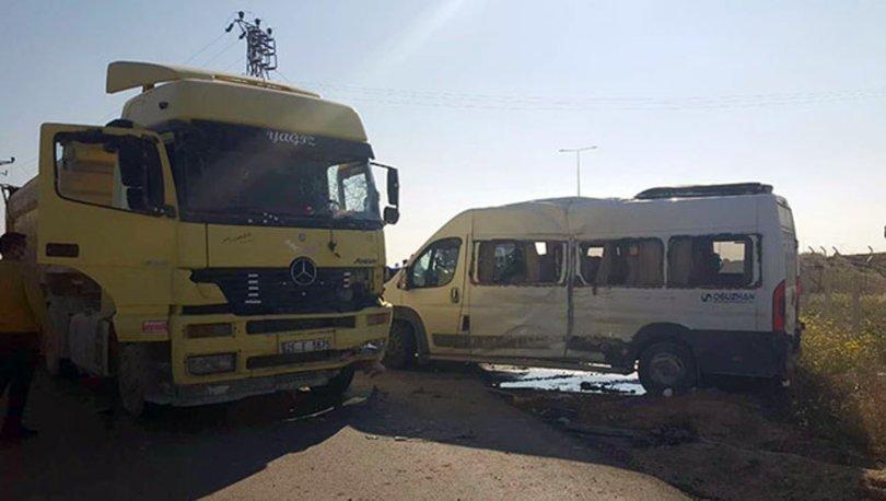Eskişehir'de işçi servisi, TIR ile çarpıştı: 15 yaralı