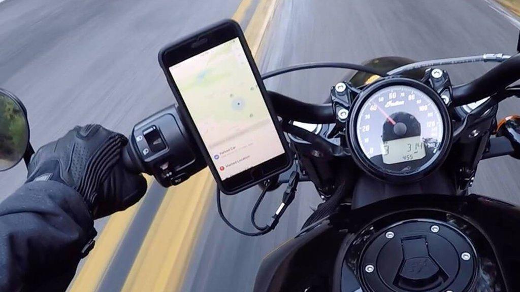 Motosiklet kullanıcılarına iPhone uyarısı