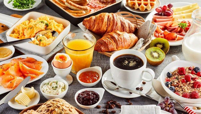 Kahvaltı sofrasında olması gereken 8 besin!