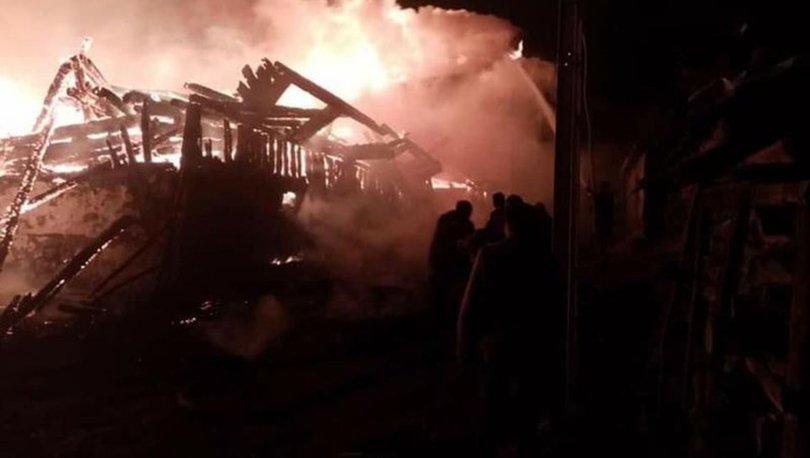 Ankara'da köyde çıkan yangında 8 ev küle döndü