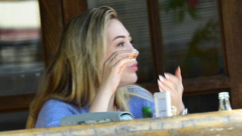 Yasmin Erbil: Yemek yerken çıkmayayım - Magazin haberleri