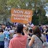 Fransa'da salgın politikasına karşı meydanlar hareketlendi