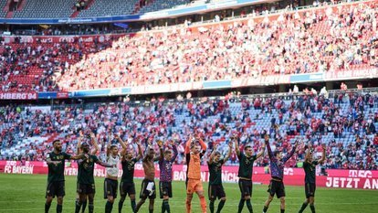 Bayern Münih gol oldu yağdı: 7-0