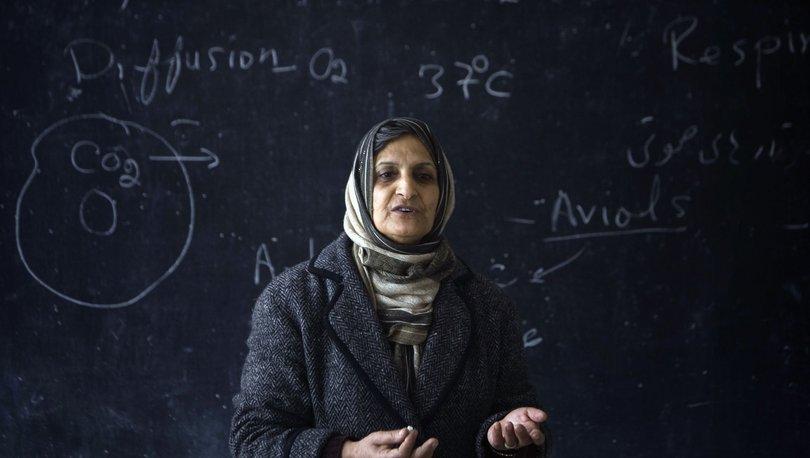 Taliban, Afganistan'da okulların