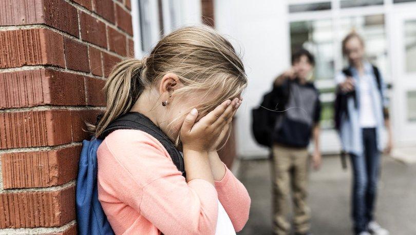 Akran zorbalığı nedir? Sonuçları ne olur?