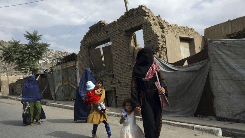 İLK DARBE! Son dakika: Taliban'dan Kabil Belediyesi'nin kadın çalışanlarına uyarı!