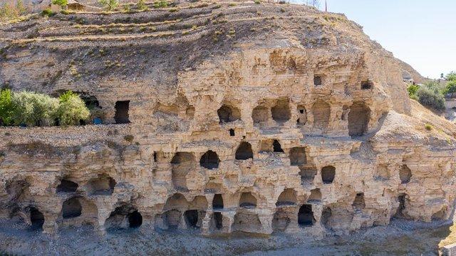 Hititler dönemine ait apartmanlar keşfedilmeyi bekliyor