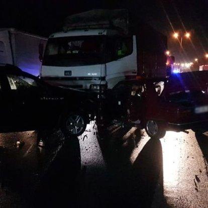 TEM Otoyolu Sapanca'da zincirleme trafik kazası: 5 yaralı