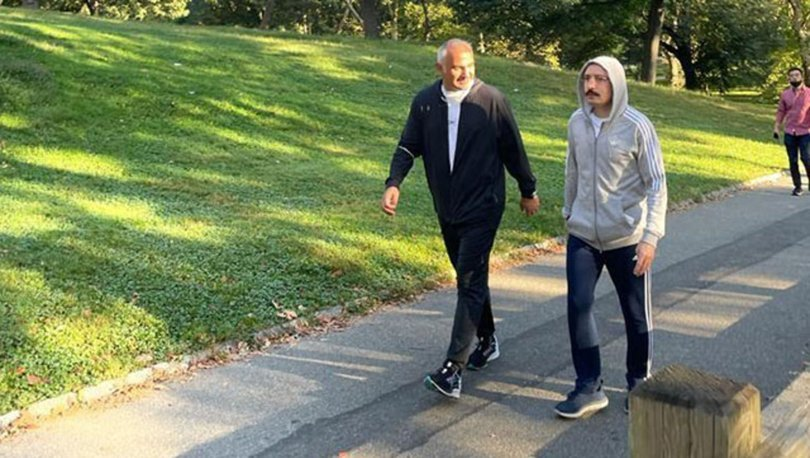 Bakan Ersoy ve Bakan Muş, Central Park'ta sabah yürüyüşü yaptı