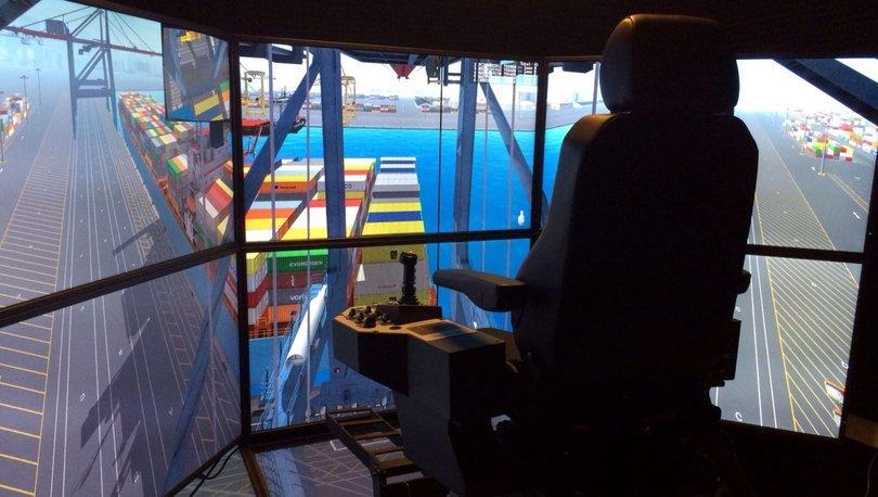 Bu limanda konteyner simülatöre emanet