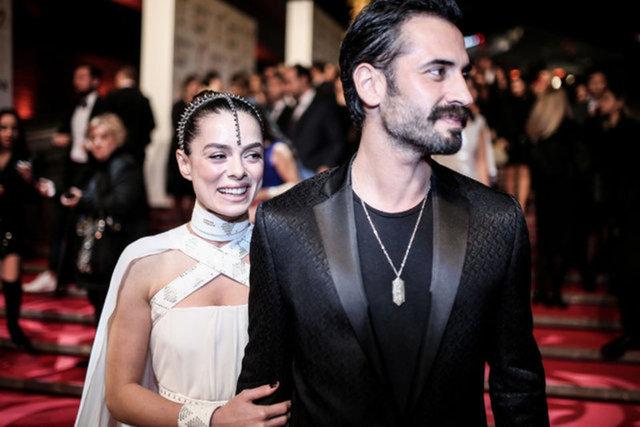 Özge Özpirinçci ile Burak Yamantürk'ün nikah fotoğrafları ortaya çıktı - Magazin haberleri