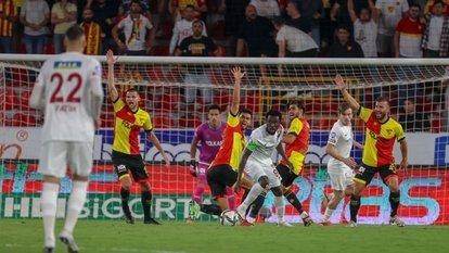 Göztepe 14 maçtır gol yiyor