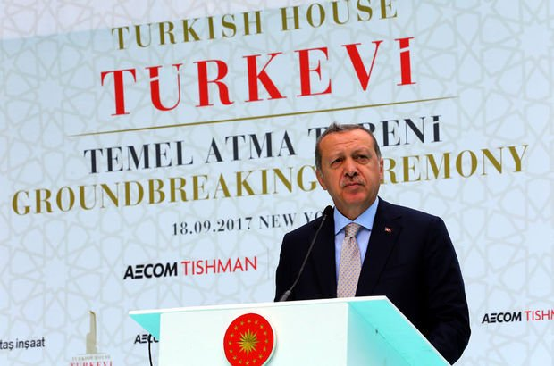 Cumhurbaşkanı Erdoğan'dan Türkevi'nde gazetecilere önemli mesajlar