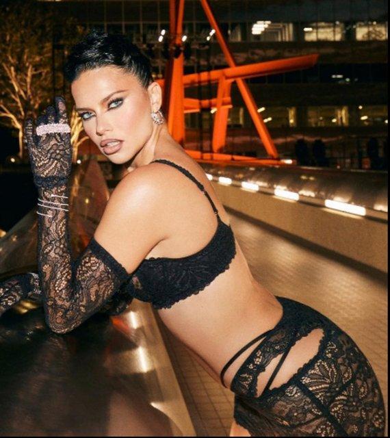 Adriana Lima'dan yeni pozlar: Dün gece hakkında... - Magazin haberleri