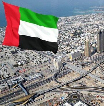 Birleşik Arap Emirlikleri (BAE) hükümet kabinesinde revizeye gidilerek 6 bakanlıkta değişiklik yapıldığı bildirildi