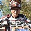 66 yaşında pistlerin tozunu attırıyor
