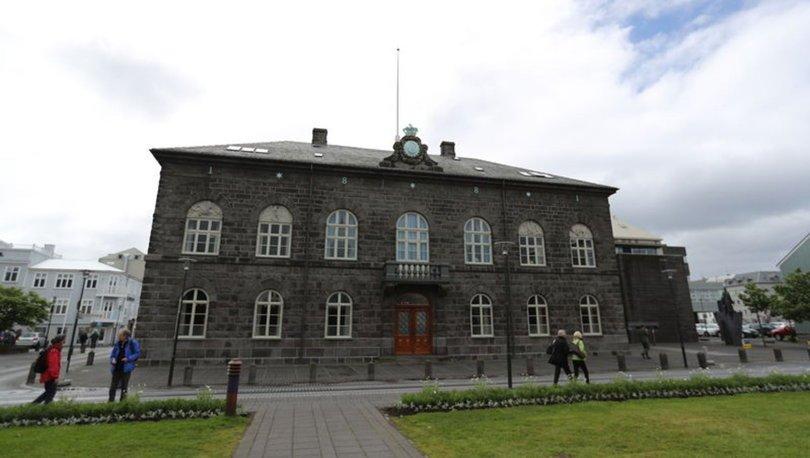 SON DAKİKA: İzlanda, yeniden sayımdan sonra kadın çoğunluklu tarihi parlamentoyu kaçırdı