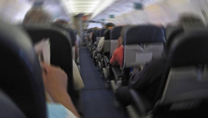 Son dakika: Üniversiteli genç kıza uçakta taciz şoku!