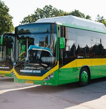 Yerli otobüs markalarından Otokar, yeni teslimatını Ukrayna'nın Vinnitsa şehrine yaptığını duyurdu. Vinnitsa Ulaşım şirketi tarafından alınan 10 adet doğalgazlı Otokar Kent CNG