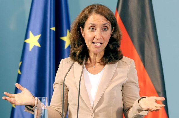 Alman Federal Meclisi'ne Türk kökenli başkan iddiası!