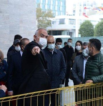 Kültür ve Turizm Bakanı Mehmet Nuri Ersoy, Taksim Meydanı