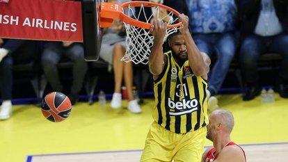 Fenerbahçe zaferle başladı