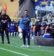 """Fenerbahçe Teknik Direktörü Vitor Pereira, yaşadıkları yoğun maç temposu ve süreç ile ilgili, """"Toplamda 10 sakatlık ama biz yine ligde lider pozisyondayız. Bu kadar sakatlık yaşanılan dönemde özveri yaptık. Bazı oyuncular daha fazla oynamak durumunda kaldı"""" diye konuştu. Portekizli teknik adam ayrıca önceliklerinin lig olduklarını söyledi"""