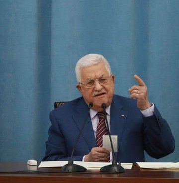 Filistin Devlet Başkanı Mahmud Abbas, Filistin-İsrail sorununun çözümü için uluslararası hukuk çerçevesinde yeni bir siyasal sürece hazır olduklarını açıkladı.