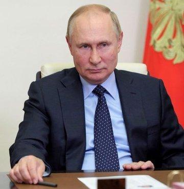 Rusya Devlet Başkanı Vladimir Putin, imzaladığı kararname ile bundan sonra her ekim ayının üçüncü haftasının pazar gününü