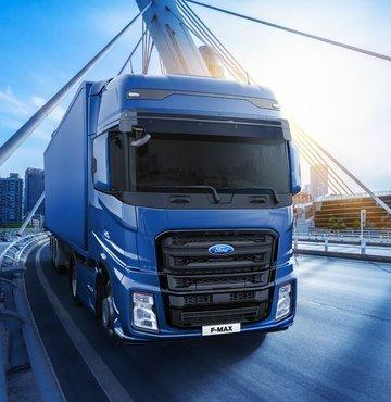 """Kısa bir süre önce Portekiz, İspanya, İtalya, Belçika ve Lüksemburg'da arka arkaya distribütör atamalarını gerçekleştiren Ford Otosan'ın ağır ticari araç markası Ford Trucks, Batı Avrupa'daki stratejik büyümesini Almanya ile devam ettirme kararı aldı. Avrupa'nın en büyük ağır ticari pazarı olan Almanya'ya adım atan şirketin genel müdür yardımcısı Serhan Turfan, """"Uluslararası pazarlarda yerli üretimle büyüyen, global ağını hızla genişleten Ford Trucks olarak, ülkemizi yurtdışında en iyi şekilde temsil etmek için çalışıyoruz. Bu doğrultuda, Avrupa"""
