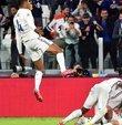 """İspanya-Fransa maçı ne zaman, saat kaçta? Sorusu merak ediliyor. UEFA Uluslar Ligi final maçı bu akşam oynanacak. Futbol severler """"İspanya-Fransa maçı hangi kanalda?"""" Sorusuna yanıt arıyorlar. İşte UEFA Uluslar Ligi finali İspanya-Fransa maçı hakkında merak edilen detaylar..."""