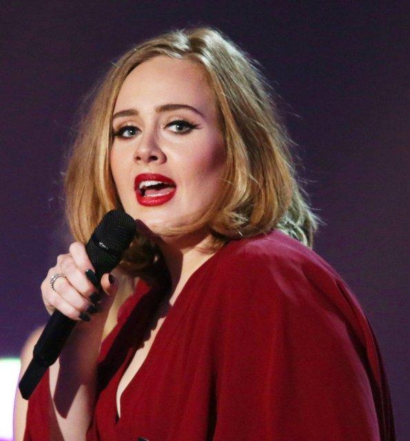 Adele: Londra'dan asla ev alamam, çok pahalı! - Magazin haberleri